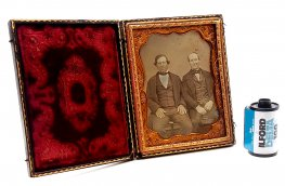 Daguerreotype Tinted Quarter Plate Portrait c.1845 in Case #7391