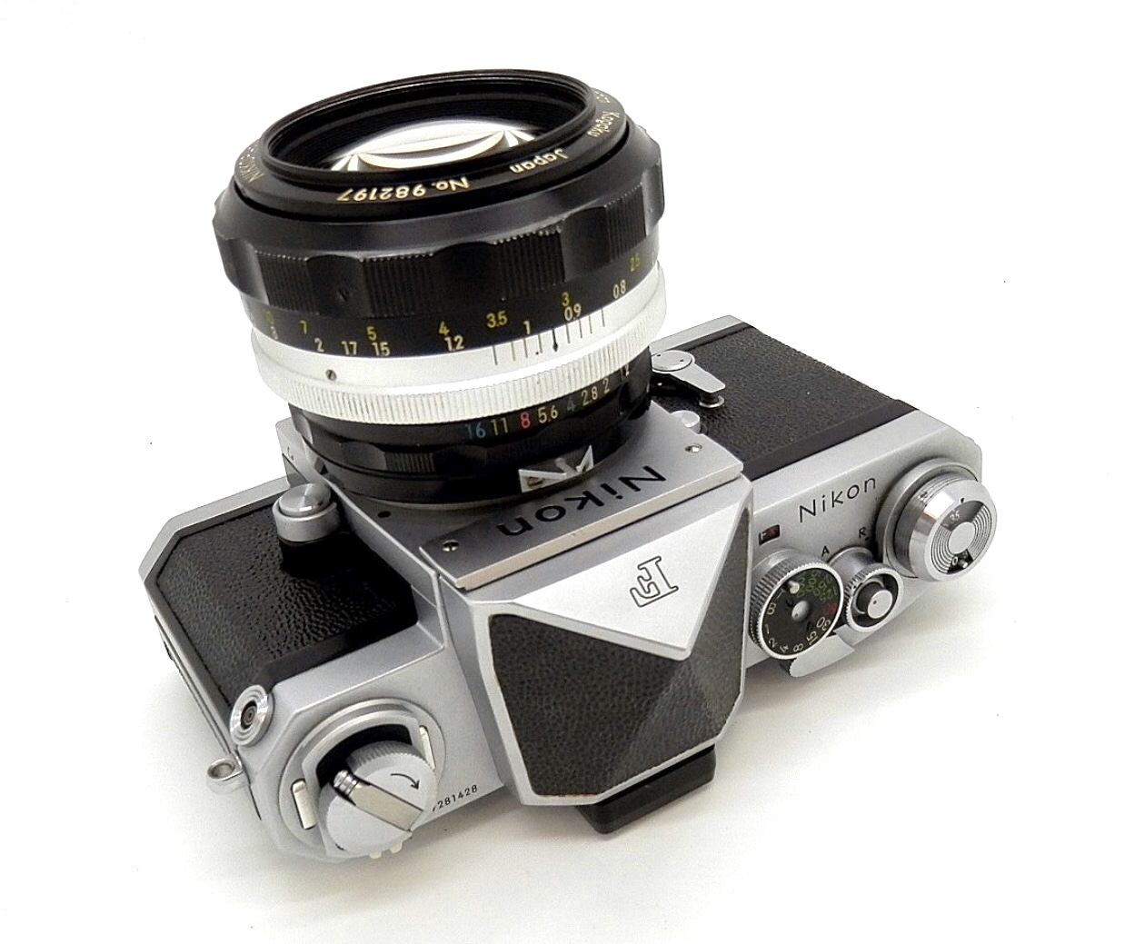 Nikon F Chrome with Plain Prism & Nikkor-S 55mm F1.2 #6571