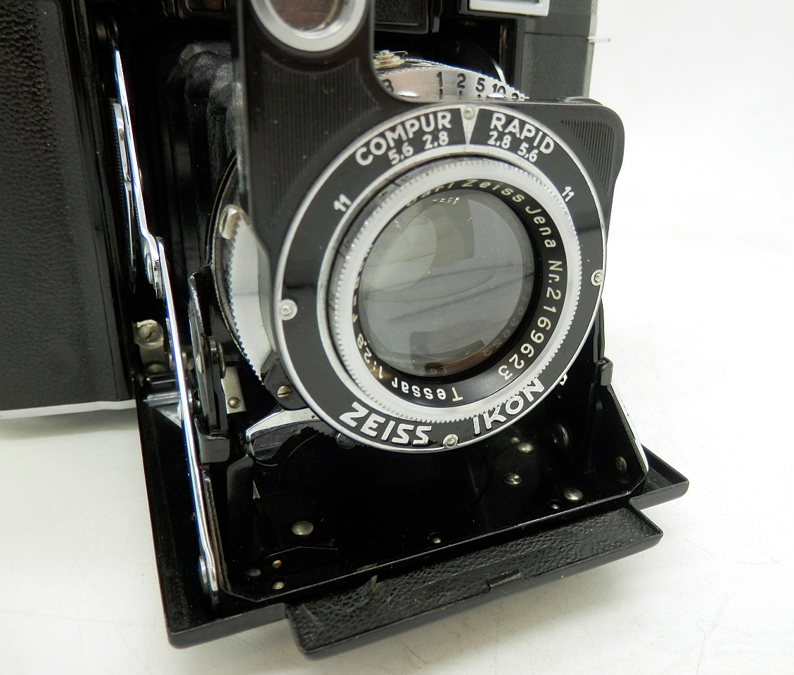 Zeiss Super Ikonta 532/16 #6730 - Click Image to Close