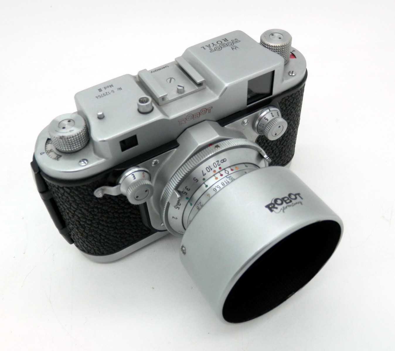 Robot Royal Mod 111 with Xenon 40mm F1.9 Lens - Click Image to Close