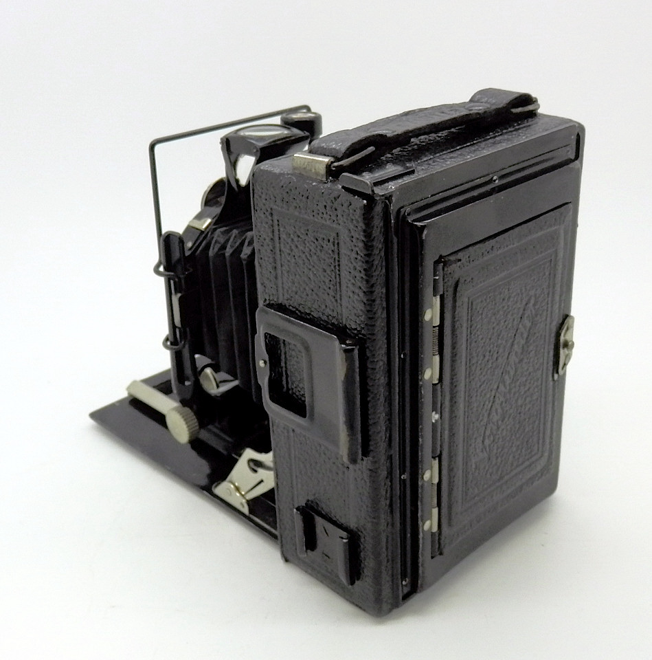 Voigtlander Avus 6x9cm with Rada Roll-Film Back #6839 - Click Image to Close